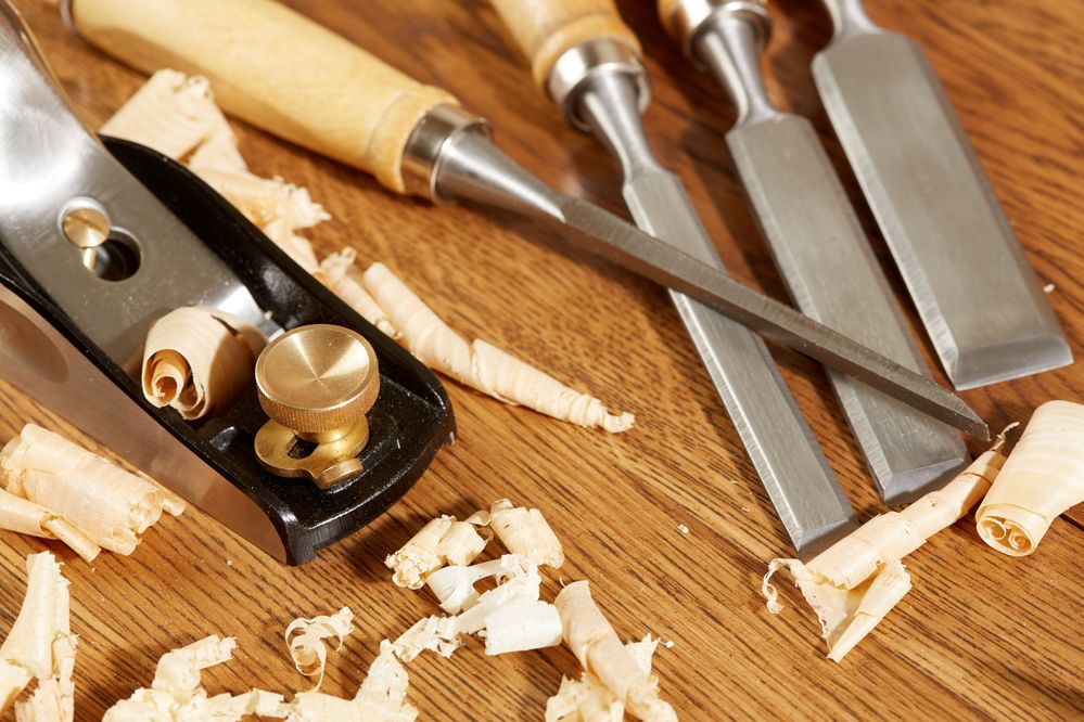Carpenter_tools_1920x1280.jpg